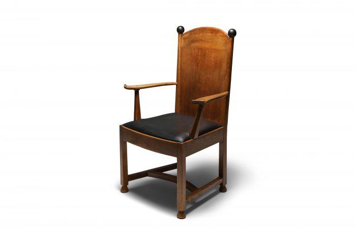 Armchair in Oak and Ebony, Metz & Co - 1920's