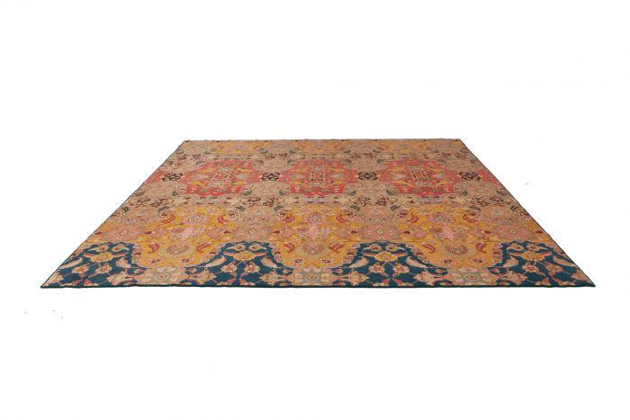 Agra Carpet In Wool & Silk - 1930s