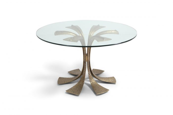 Hollywood Regency Hammered Brass Dining Table by Luciano Frigerio - 1980s