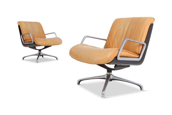 Saporiti Nude Leather Revolving Armchairs - 1970s