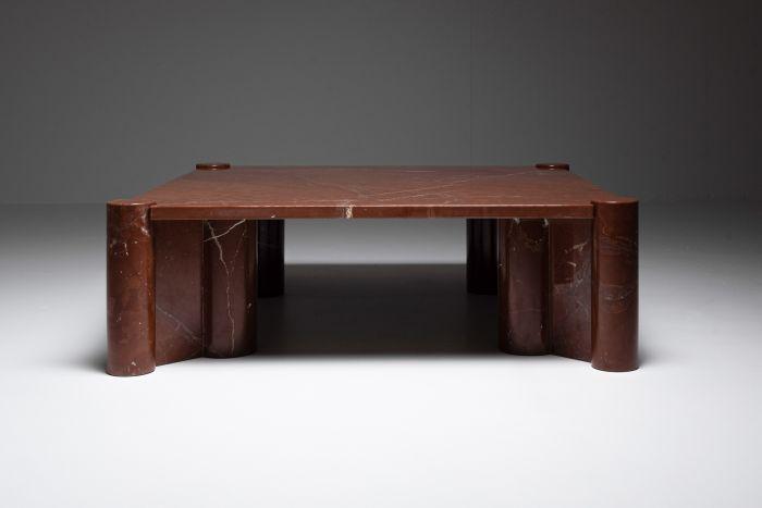 Gae Aulenti 'Jumbo' Coffee Table in rare Rosso Collemandina marble - 1960s