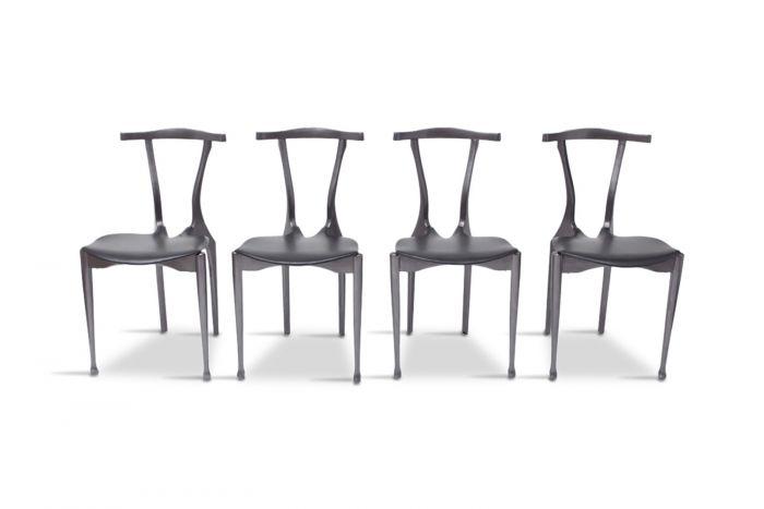 Black Dining Chairs, Oscar Tusquets Gaulino - 1980s