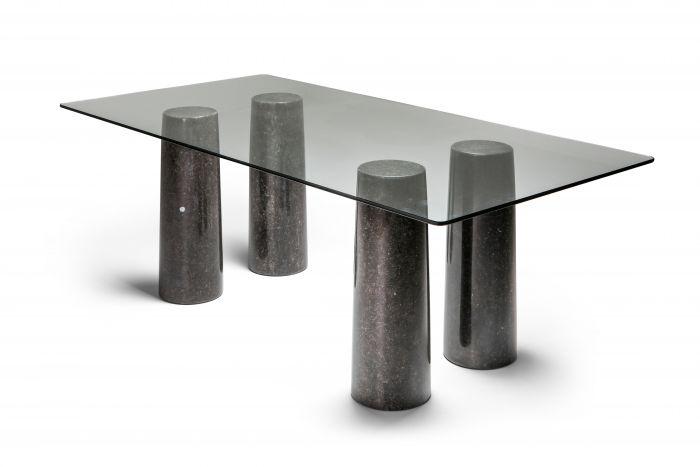 Mario Bellini's Colonnata marble table black - 1970s