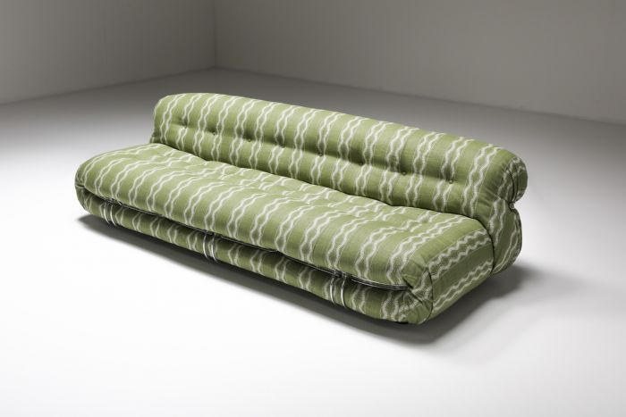 Cassina Soriana Four Seater Sofa by Afra and Tobia Scarpa in Bouclé - 1970's