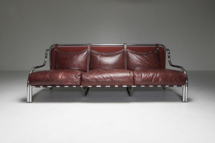 Stringa sofa by Gae Aulenti - 1962