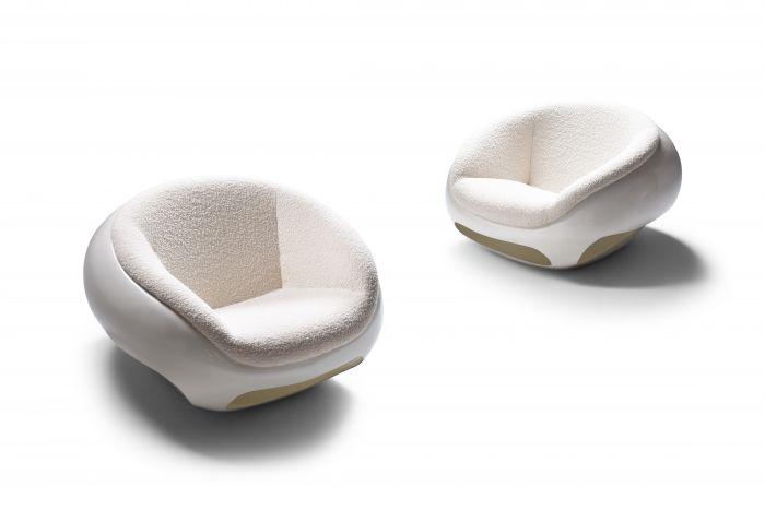 Mario Sabot Sculptural Fiberglass Lounge Chairs In Bouclé - 1969