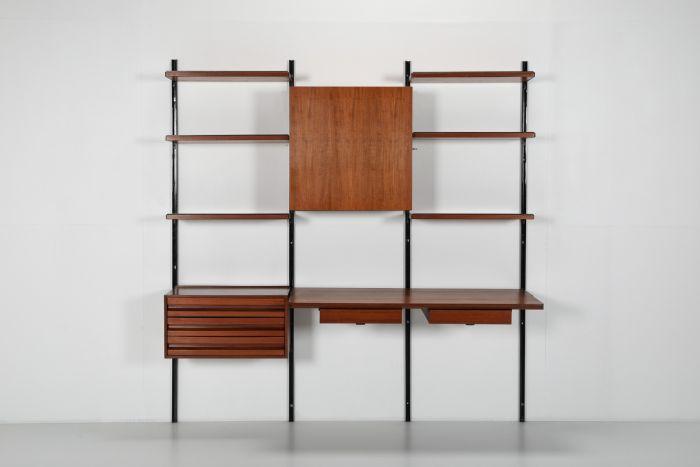 Wall bookcase E22 by Osvaldo Borsani for Tecno - 1960's